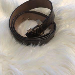 Louis Vuitton brown monogram leather belt